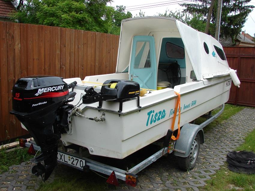 Tisza 550 csónak bővített 2